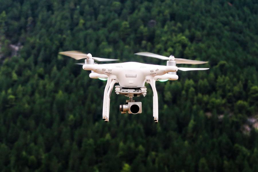 Drony pomogą mierzyć zanieczyszczenie powietrza w Krakowie?