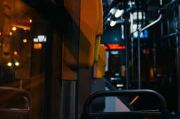 Tramwajem i autobusem w Andrzejki