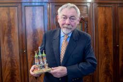 Krakowska szopka od prezydenta na aukcji WOŚP