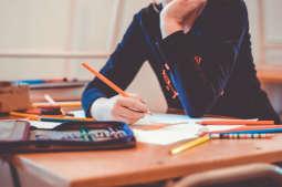 Rekrutacja do szkół ponadpodstawowych na półmetku