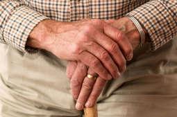 Centra Aktywności Seniorów z bogatą ofertą on-line