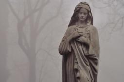 Co zrobić, aby odwiedziny cmentarza były bezpieczne?