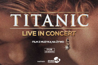Simultaneous screening of Titanic with audio description
