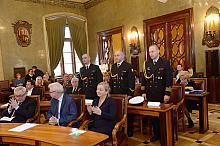 b087cef810fca Uroczystość wręczenia odznak Honoris Gratia oficerom okrętu ...